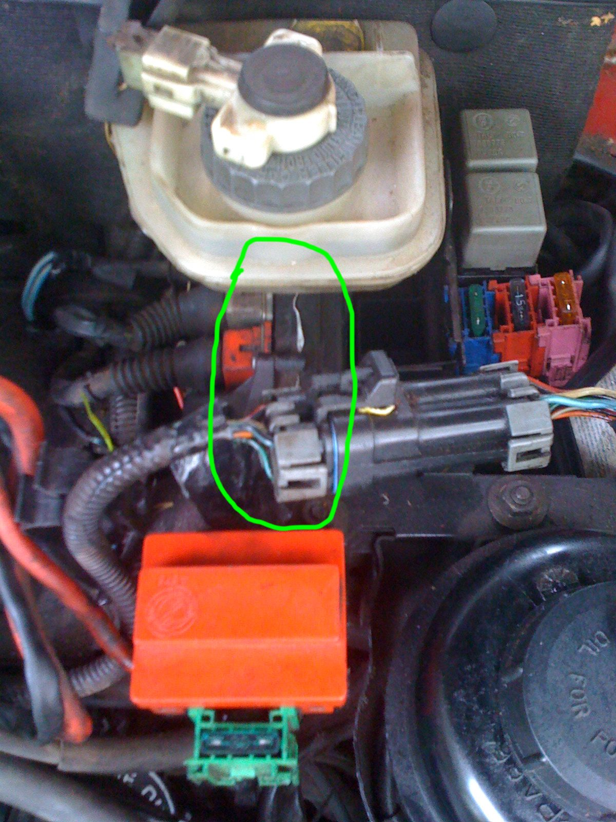 A C Problems Crit71 Help Please Alfa Romeo 145 146 Forum Fuse Box Attached Image